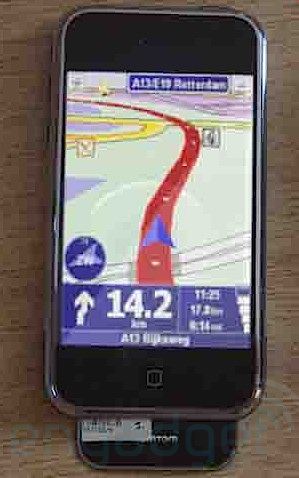 tomtom-iphone01.jpg