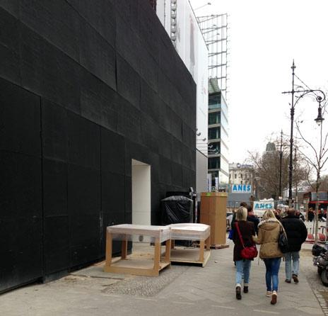 apple store berlin die m bel kommen das iphone 5s gibt es wahrscheinlich am ku damm iphone. Black Bedroom Furniture Sets. Home Design Ideas