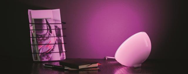 hue go neue akku leuchte f r das app gesteuerte beleuchtungssystem von philips iphone. Black Bedroom Furniture Sets. Home Design Ideas