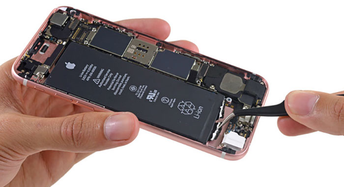 Iphone 5s Internals And Apple A7 Gallery moreover Inside The Iphone 6 And Iphone 6 Plus besides 251989264067 moreover Iphone 6s Von Innen Schweres 3d Touch Display 1715 Mah Akku Bestaetigt 87131 as well IPhone 5 Original Box P 23137. on apple iphone 5s logic board